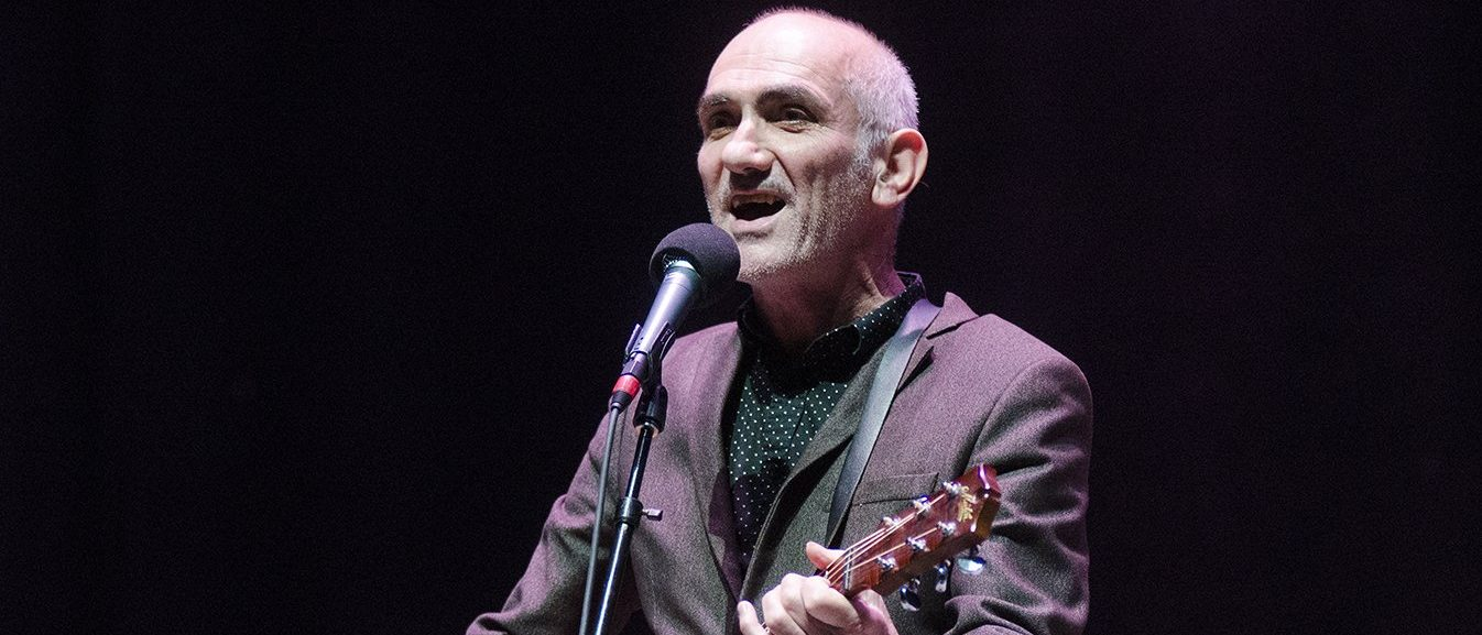 Music icon Paul Kelly: How To Help Kids Find Joy In Poetry